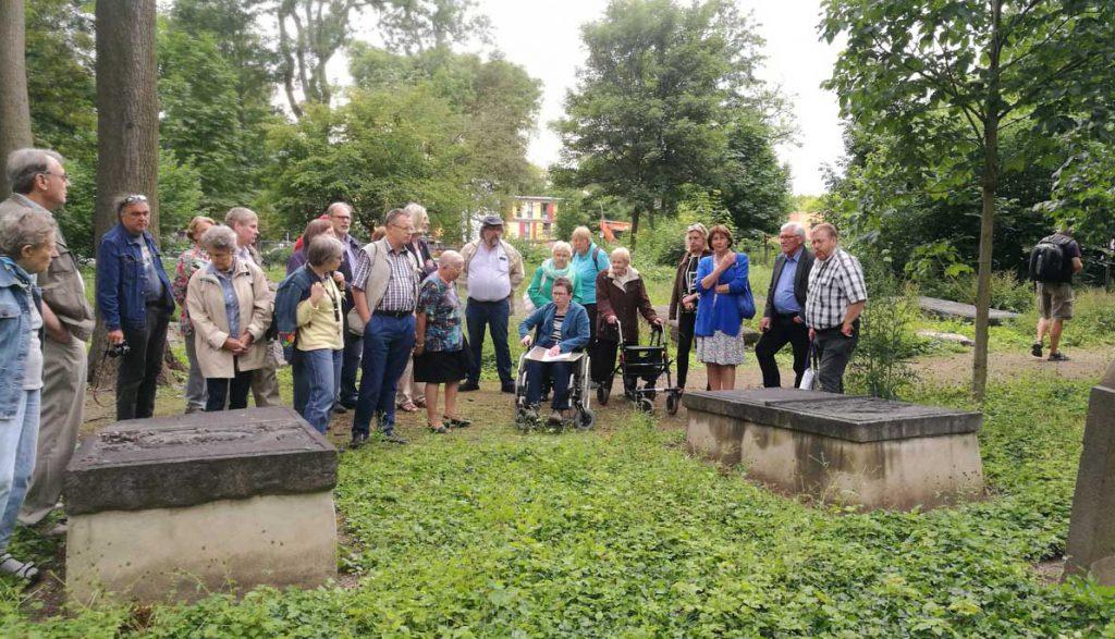 Spaziergang über den Geusenfriedhof